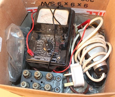 Lot 17 - Selection of various transformers and switches...