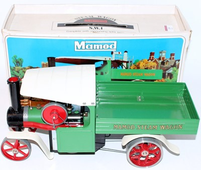 Lot 19 - A Mamod SW1 steam wagon comprising of green,...