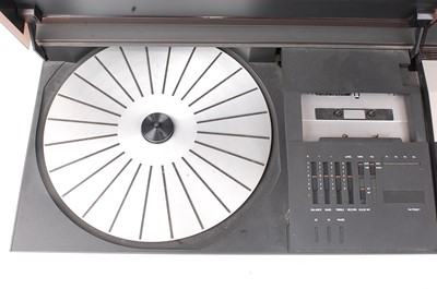 Lot 505 - A Bang & Olufsen Beocenter 2200 stereo system,...