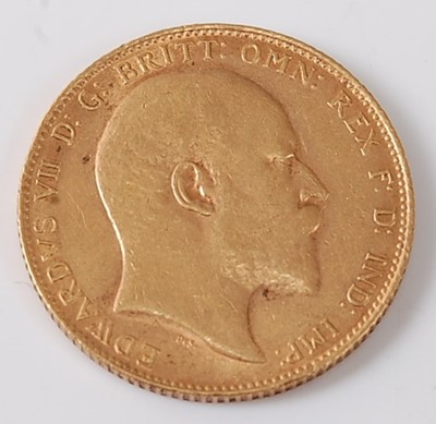 Lot 2010 - Great Britain, 1909 gold full sovereign,...