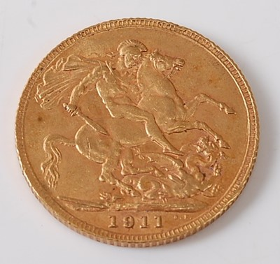Lot 2012 - Great Britain, 1911 gold full sovereign,...