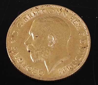Lot 2017 - Great Britain, 1913 gold half sovereign,...
