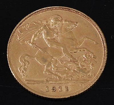 Lot 2018 - Great Britain, 1911 gold half sovereign,...