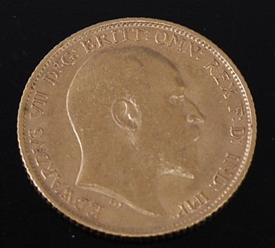 Lot 2020 - Great Britain, 1908 gold half sovereign,...