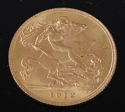 Lot 2021 - Great Britain, 1912 gold half sovereign,...