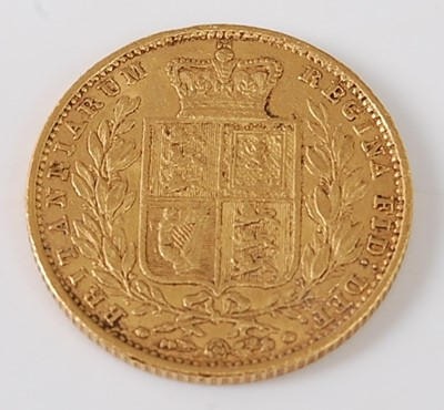Lot 2025 - Great Britain, 1853 gold full sovereign,...