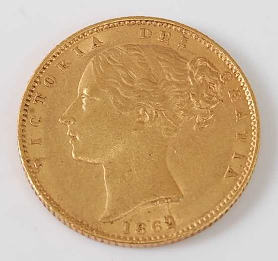 Lot 2026 - Great Britain, 1862 gold full sovereign,...