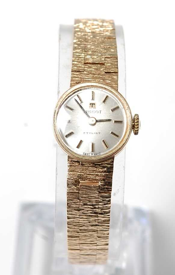 Lot 2537 - A lady's 9ct yellow gold Tissot manual wind...