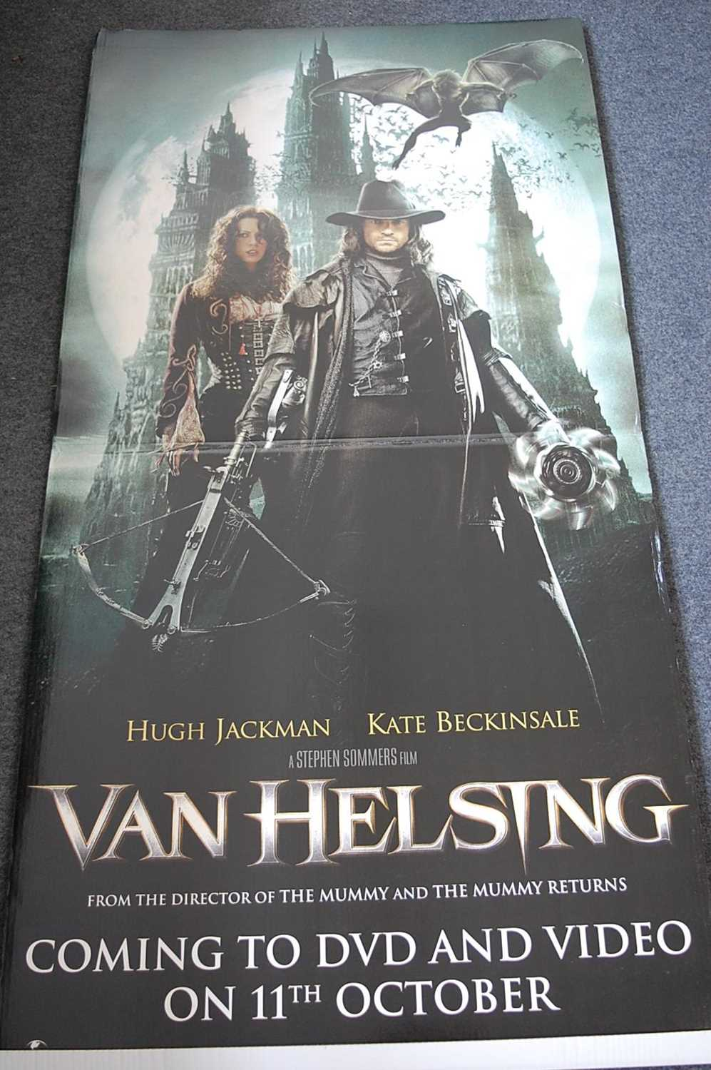 Lot 89 - Van Helsing (2004), folding card pre release...