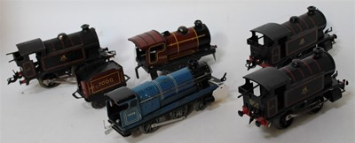 Lot 206 - Three 1954-60 clockwork Hornby type 40 tank...