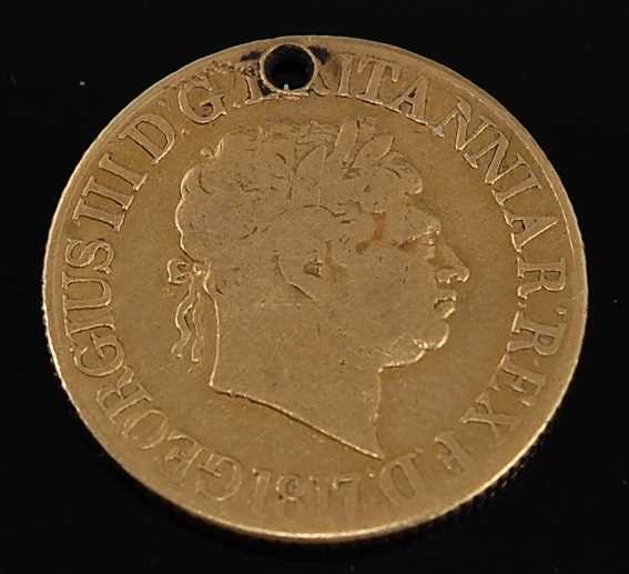 Lot 2031 - Great Britain, 1817 gold full sovereign,...