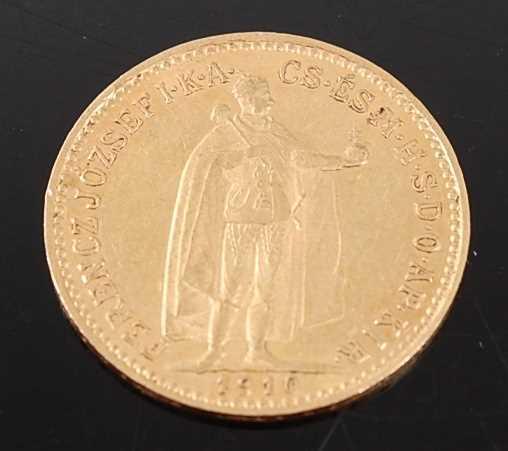 Lot 2076 - Hungary, 1910 gold 10 korona, Franz Joseph I...