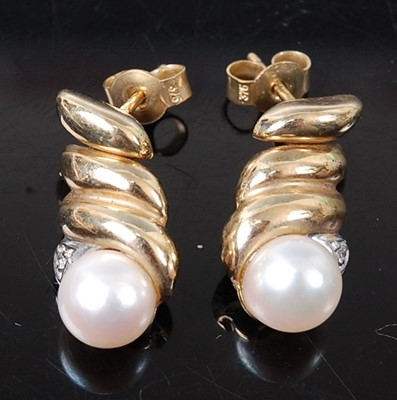 Lot 2629 - A pair of 9ct yellow gold, pearl and diamond...