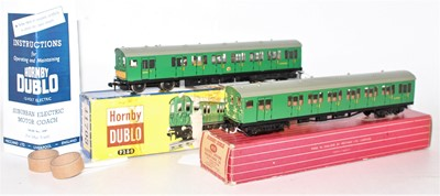 Lot 310 - Hornby Dublo 3250/4150 electric motor coach...
