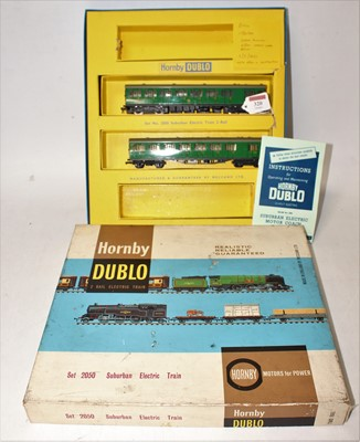 Lot 320 - Hornby Dublo 2250 Suburban electric train set,...