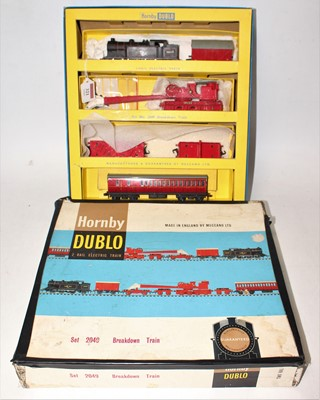Lot 321 - Hornby Dublo 2049 Breakdown Train Set,...