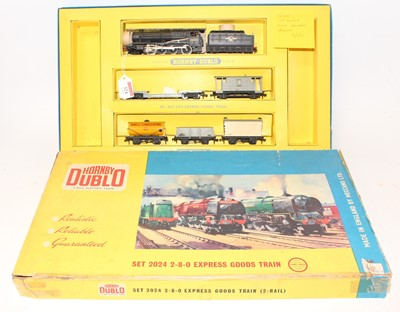 Lot 324 - Hornby Dublo 2024 2-rail 2-8-0 Express Goods...