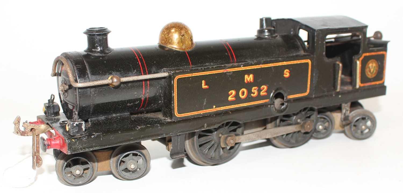 Lot 222 - Hornby 1926-28 No.2 Clockwork 4-4-4 Tank Loco,...