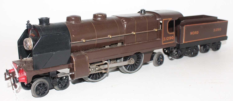 Lot 226 - Hornby total repaint 1934-36 E320 20V AC...