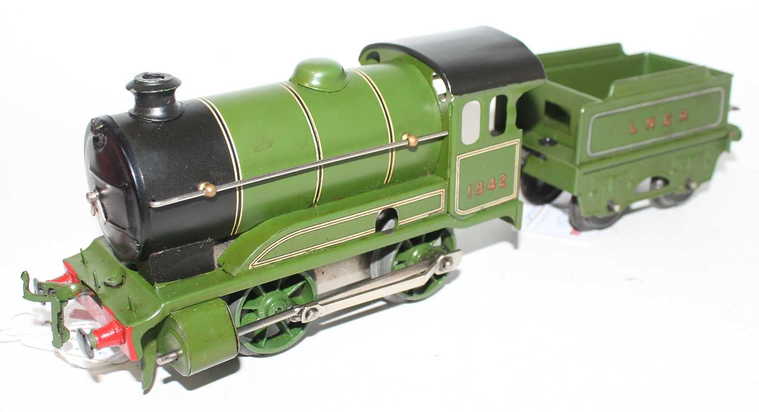 Lot 230 - Hornby 1948-54 No.501 clockwork Loco and...