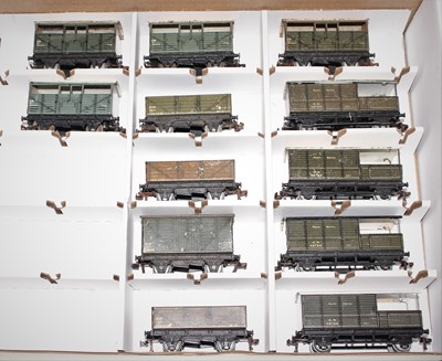 Lot 353 - 13 Post War Hornby Dublo Goods Wagons, 4x 4...