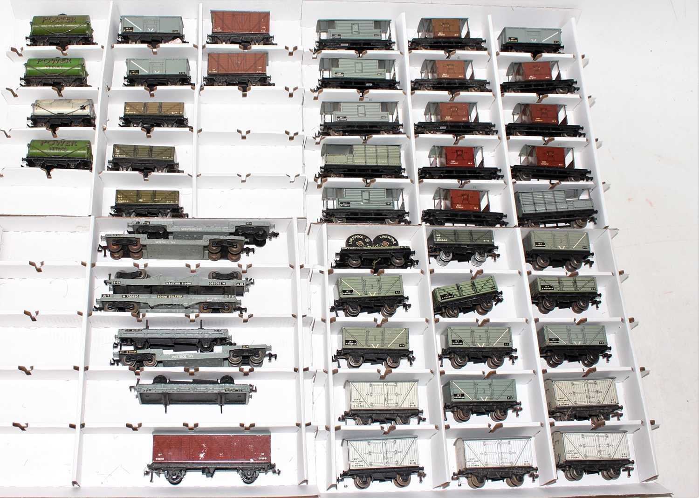 Lot 354 - 49 Hornby Dublo tinplate/diecast Post War...