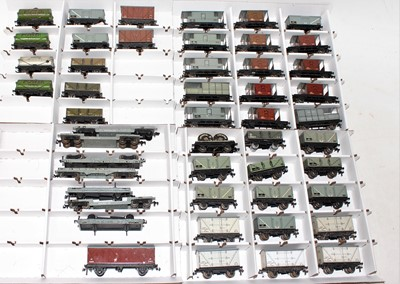 Lot 354 - 49 Hornby Dublo tinplate/diecast Post War...