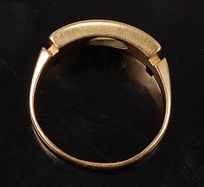 Lot 2589 - A late Victorian 18ct yellow gold, pearl and...