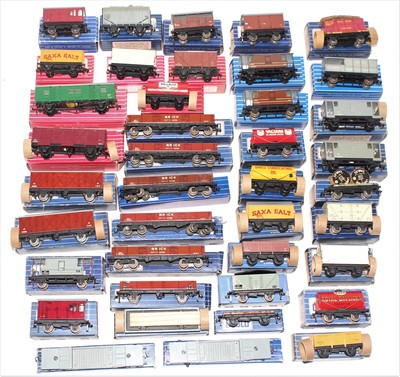 Lot 361 - Tray of 40 Hornby Dublo wagons, mix of metal...