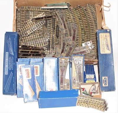 Lot 356 - Large box of Hornby Dublo 3 Rail track,...