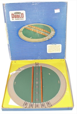 Lot 358 - Hornby Dublo D1 Turntable (VG-BF)