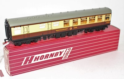 Lot 336 - Hornby Dublo 4070 BR(W) Restaurant Car, small...