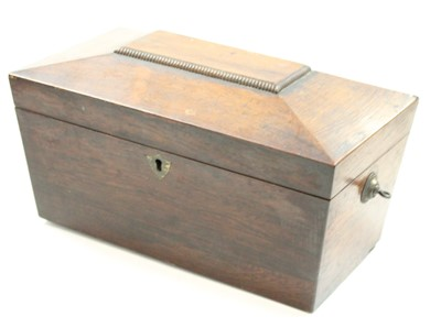 Lot 82 - A box of miscellaneous items, to include a...