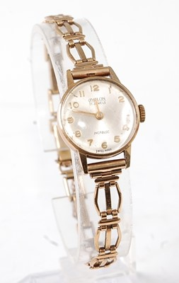 Lot 2630 - A lady's Avalon 9ct gold cased wristwatch,...