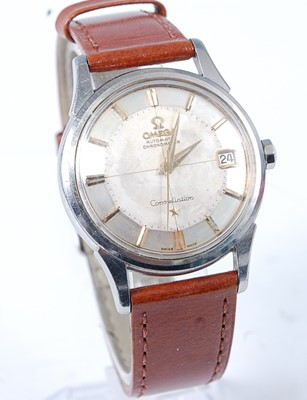 Lot 2640 - A gent's Omega Constellation chronometer...