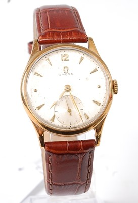 Lot 2648 - An Omega gent's 9ct gold cased wristwatch,...