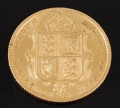 Lot 2062 - Great Britain, 1887 gold half sovereign,...