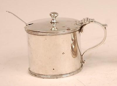Lot 3062 - An Edwardian silver mustard pot with blue...