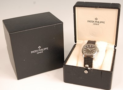 Lot 3160 - A gent's Patek Philippe Aquanaut stainless...