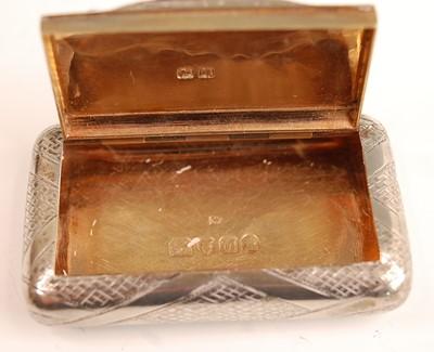 Lot 3074 - A George III silver pocket snuff box, having...