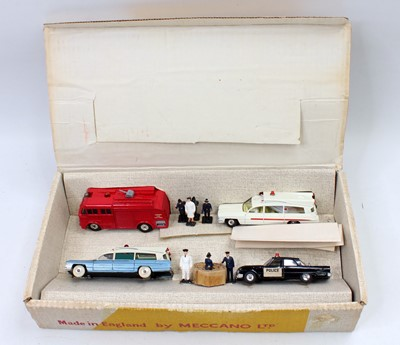 Lot Dinky Toys No.298 emergency services gift set,...