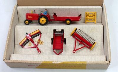 Lot Dinky Toys Gift set No. 398 Farm Equipment...