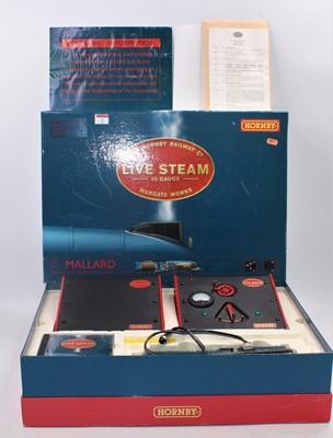 Lot 1 - A Hornby live steam 00 gauge boxed Mallard...