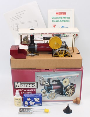 Lot 2 - A Mamod live steam showman's engine housed in...
