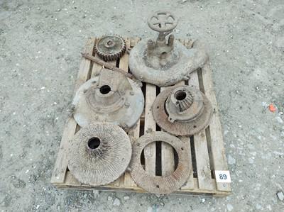 Lot 89 - Misc Pump Parts