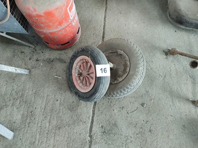 Lot 16 - Wheelbarrow Tyres