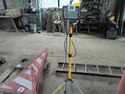 Lot 20 - Worklight