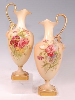 Lot 1025 - A pair of Edwardian Royal Worcester porcelain...