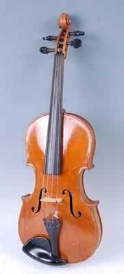 Lot 512 - A 20th century violin, having a two piece...