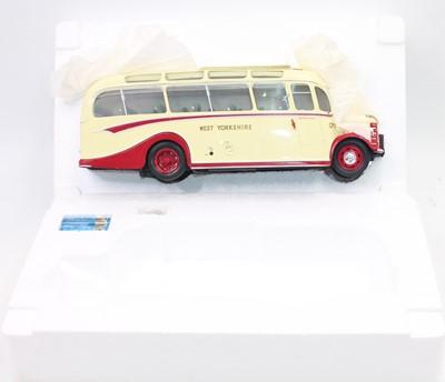 Lot 958 - A boxed OC Original Classics Bedford Duple OB,...